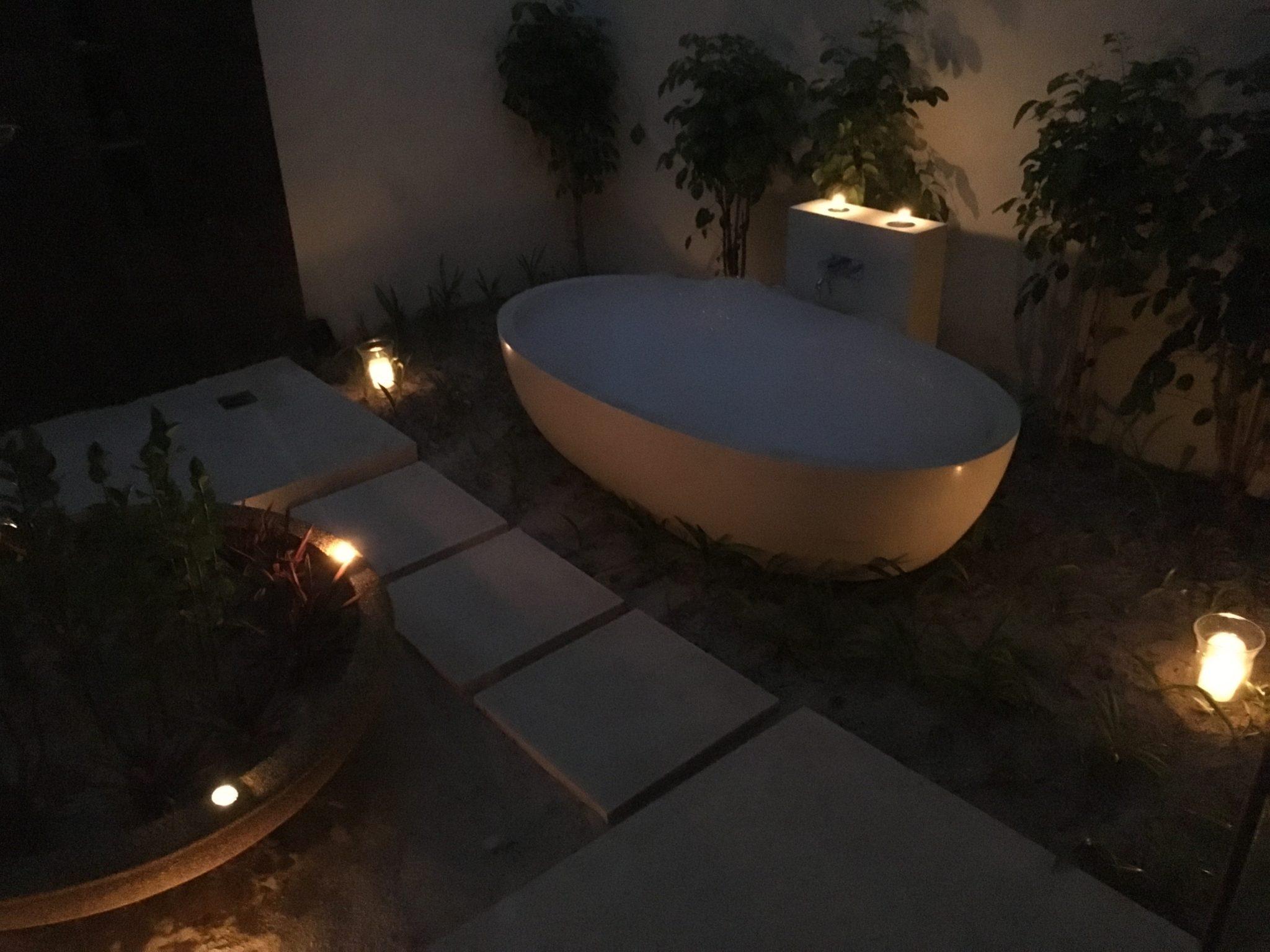 Surprise Anniversary Bubble Bath