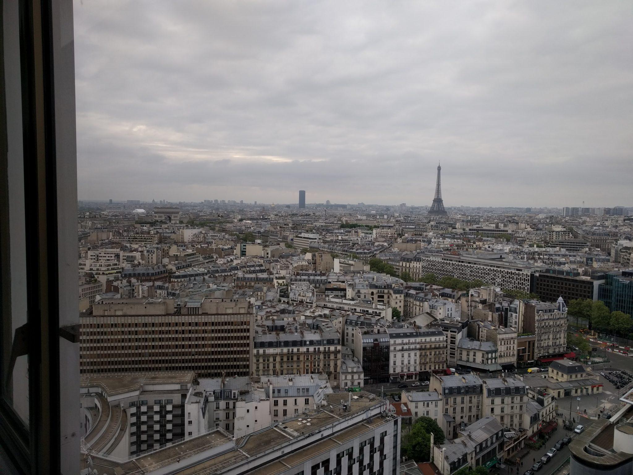 Hyatt Regency Paris Étoile room view